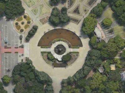 モンスターボール 鶴舞公園 似てる